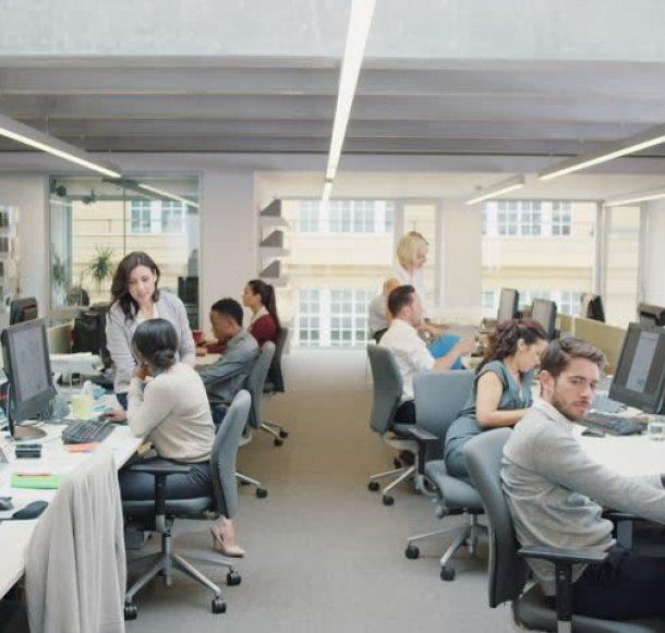 Túlélőcsomag új kollégáknak egy munkahelyen